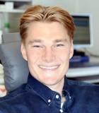 Thomas fik lindret smerterne og et flot smil