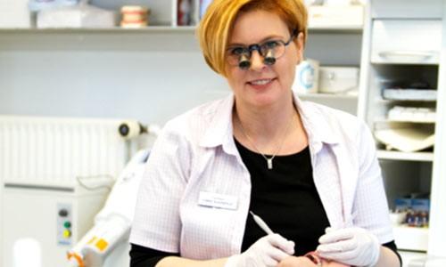 Teamet omkring tandlæge Connie
